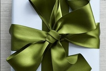 loveWRAPPING / i am a self-proclaimed gift wrapping snob who appreciates good quality wrapping paper, despises lame gift bags & enjoys a wrapping challenge! long live the art of gift wrapping.... (-: / by Aitch·Em