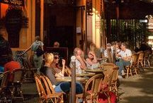 Cafes Around the World / by Suzanne