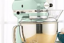 Kitchen Aid / by Kenzie Taylor