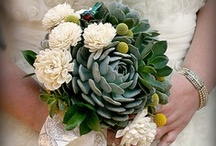 Green wedding bouquets / Ferns, succulents, veggies, grasses, AND MOOOORE! / by Offbeat Bride
