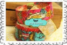 DIY Bracelets / by C'e' Crisi, C'e' Crisi! by Alex Bonetto