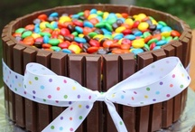Cakes / by Kylie Nayler