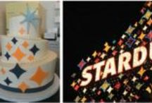 pretty | vegas hotel cakes / Famous Las Vegas hotels, casinos and landmarks re-imagined as wedding cakes  / by Little Vegas Wedding