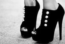 shoes / by Dianka Girich
