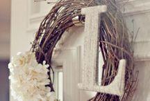 Crafty - Wreaths / by Kymberly Salcido