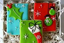 CHRISTMAS COOKIES / by Lesley&Denise@ Chaotically Creative