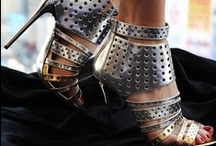 Shoe Glam / by Mara