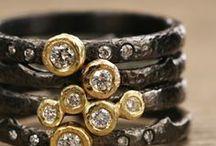 f a s h i o n : jewelry / by Lori Plyler