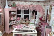 Miniature shops and room boxes / by Suze Smidt