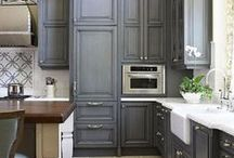 Dream kitchen / by Tiana Weiss