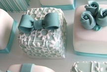 Cakes / by Mona Bourgeois