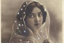 vintage- veils and laces / by fiamma giuliani
