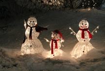 Christmas Trees and outdoor Christmas lights, wreaths / by Midge Barton