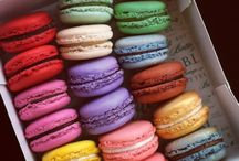 I'm in Love with French Macarons / by Jessica Menzel