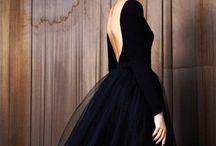 Beautiful Dresses / by Laura Leners