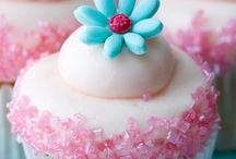 Cupcakes / by The Party Wagon