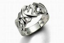 Jewelry / by joanna sharp