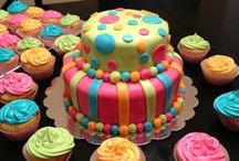 Cakes, Cupcakes & Cookies....YUM! / by Janet Marie
