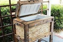 PALLET IDEAS / by Linda Wallace
