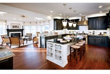 At home in the Kitchen / I love listing homes with dream kitchens. Even better is being invited over for a party! In #ShortHillsNJ / by Karen Bigos