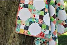 Quilts I Love / by Carissa Wiebe