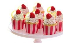 Cupcakes / by Liz {Lizzie's Homespun}