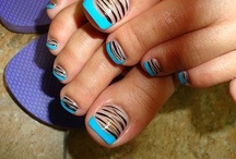 Nails To Show Off / by Darenda Roundtree Tarron