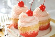 Desserts / by Stephanie Elise