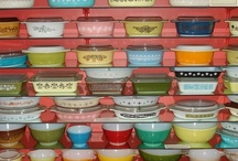 Pretty Pyrex / by Teddi Kerno