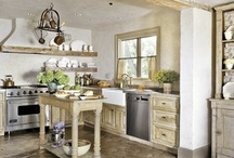 Kitchens/Dining Rooms / by Michelle Gilb