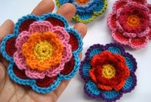 Crochet Flowers / by Belinda O'Toole