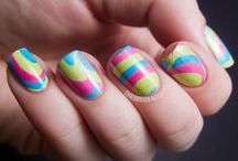 Nails / Love Me Some Nail Designs / by Emily 에밀리