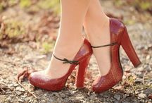 Shoes, shoes, shoes / by Whitney Pasquesi