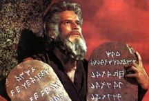 THE TEN COMMANDMENTS / The Ten Commandments, also known as the Decalogue, are a set of biblical principles relating to ethics and worship, which play a fundamental role in Judaism and Christianity. They include instructions to worship only God and to keep the sabbath, and prohibitions against idolatry, blasphemy, murder, theft, dishonesty, and adultery / by Michelle Horner