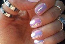 Nail Polish/Designs / by Hannah Le Grand
