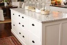 decorating // kitchen cabinets / by LeAnne Ballard
