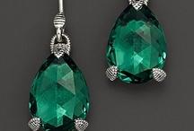 Emerald, my birthstone / by Carolina Muñoz