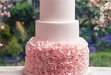 Beautiful Cakes / by Janet Stinchcomb