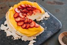 yum / yummy things i would like to eat (YUM!) / by Megan Nielsen