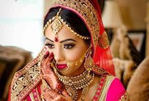 Desi Jewelry / Indian jewelry is absolutely beautiful! / by M A D H U V I