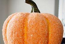 Halloween / by Suzanne Martinez-Gardner
