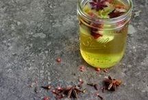 Tea / Tea, green tea, herbal tea, black tea, white tea, homemade tea, tea recipes / by Andrea Green (thegreenbacksgal.com)