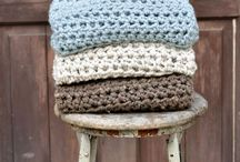 Crocheting projects / by LNA