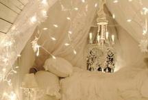 Dazzling decor... / by Janice Rosas