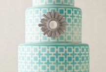 wedding cakes / by Melissa Hamilton