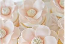Beautifully Decorated Cupcakes / Cupcakes that make your mouth drop! / by Harvard Common Press