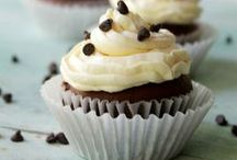 Cupcakes / by Katerina | Diethood