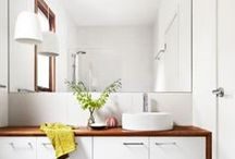 Bathroom / by Zoe Hogan