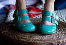 Shoe crazy / by Alycia