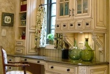 Interiors - Kitchens / by Kathy Maden